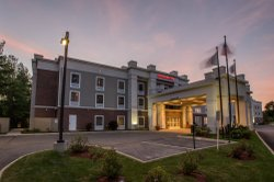 Hampton Inn & Suites by Hilton Lenox Berkshires