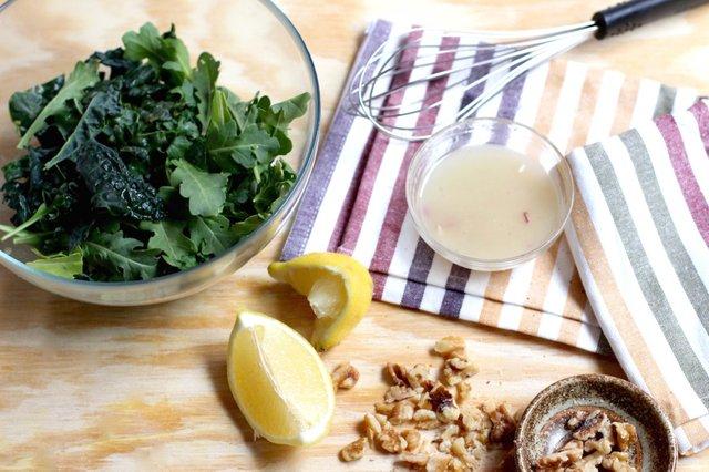Kale salad vin