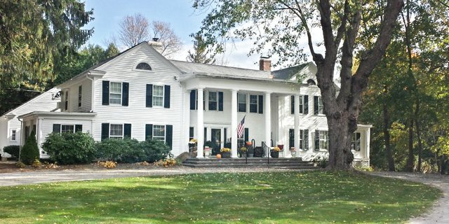 Hotels in Stockbridge Inn at Stockbridge.jpg