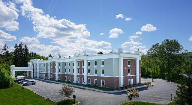 Berkshires Hilton Hampton Inn-1.jpg